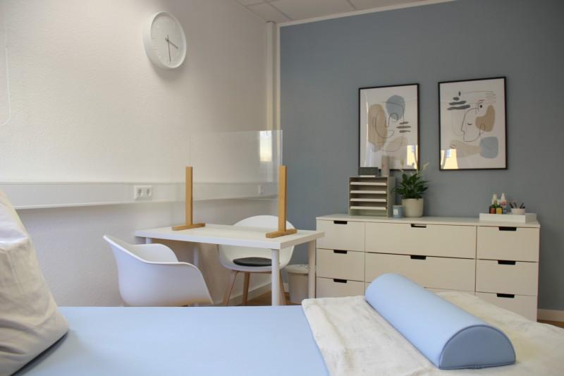 Praxis - kleines Behandlungszimmer